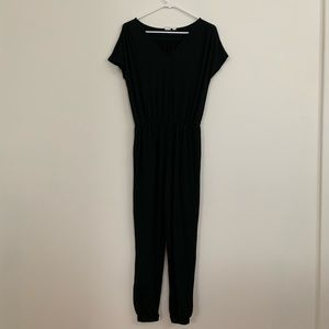 Black GAP jumpsuit only worn once xs